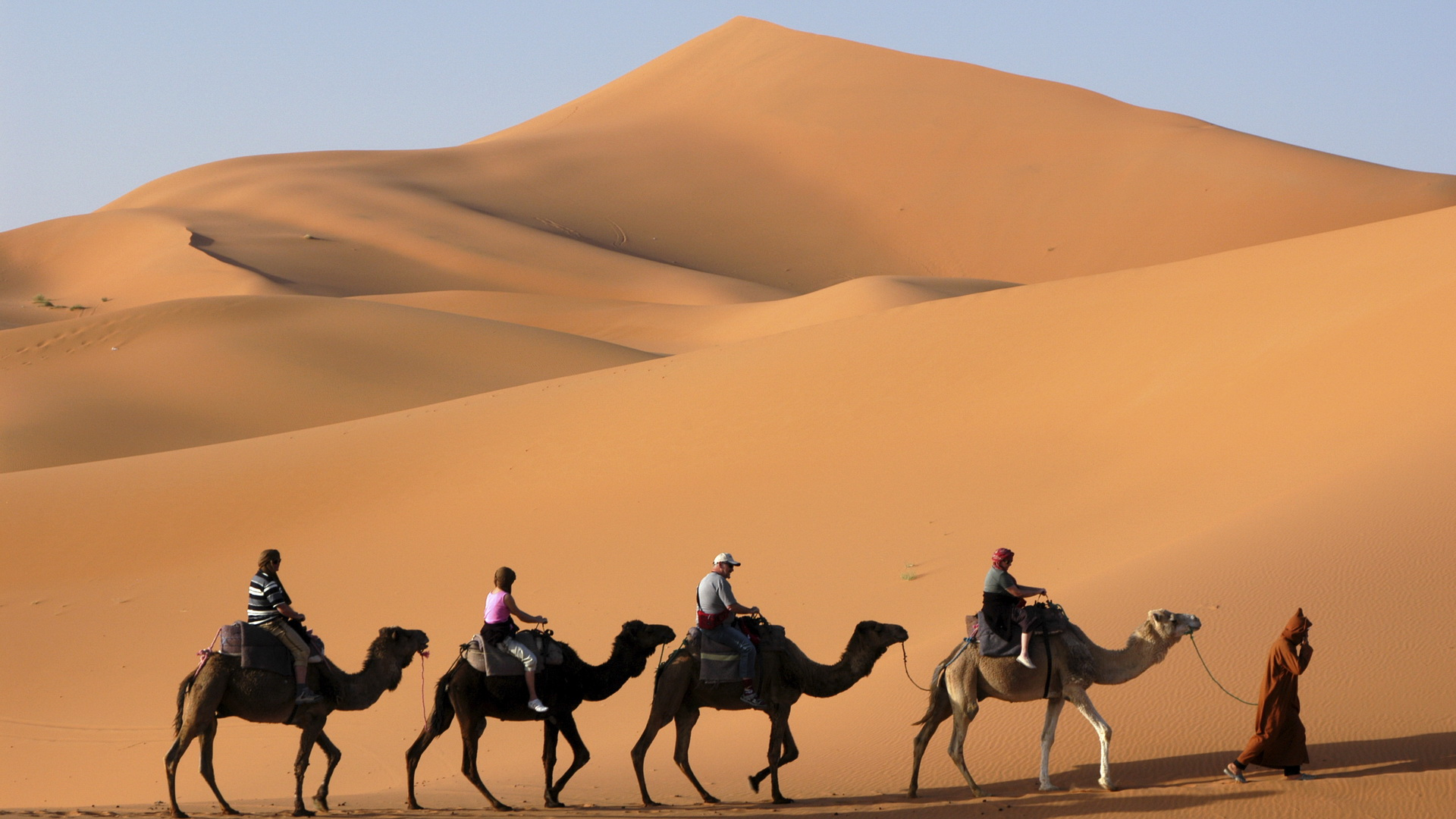 pathfinders treks - fes to the sahara desert tour