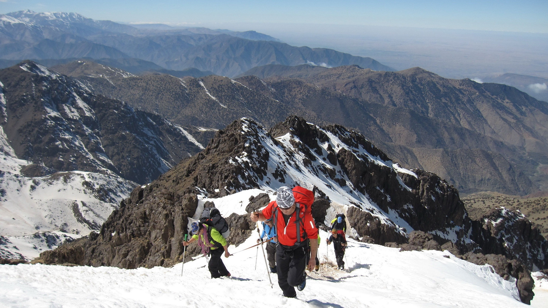pathfinders treks - skiing in toubkal