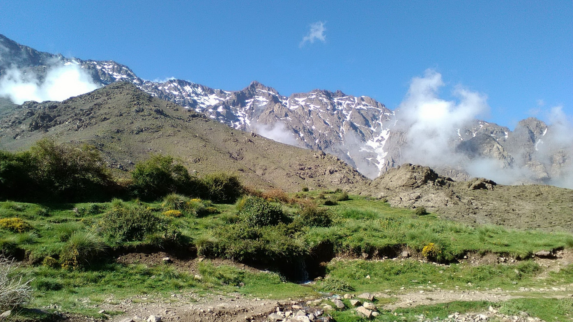 pathfinders treks - toubkal summit challenge trek 6 day